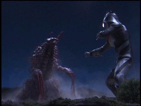 ペドレオン(グロース) vs ウルトラマンネクサス(アンファンス)