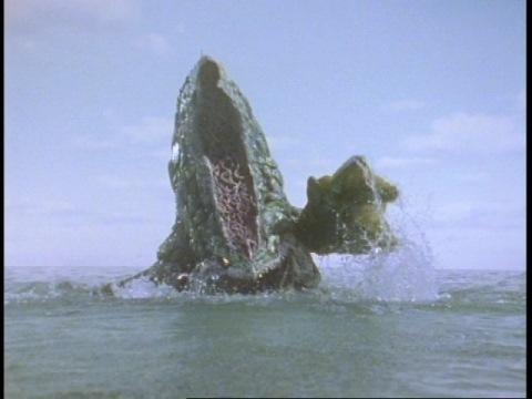 海中より現れるレイロンス