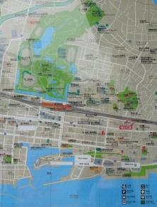 14:49 改札外にあった地図