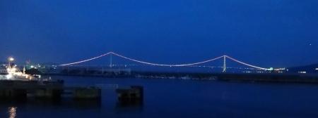 19:16 明石海峡大橋