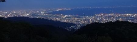 19:10 東方向 (大阪方向)