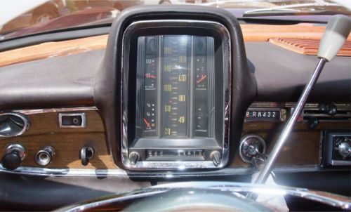 w112_300sekang_dashpanel7.jpg