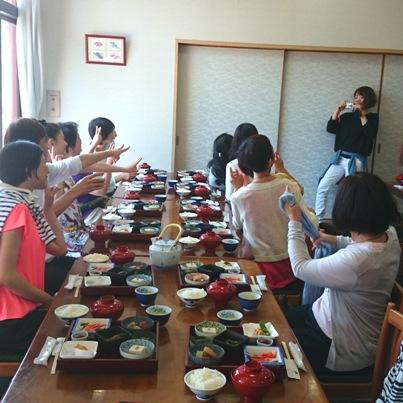 2016 高島合宿 昼食 3日目 後ろ