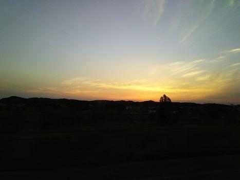 日が明ける