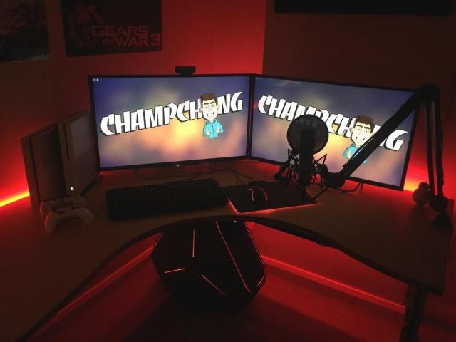 PC_Desk_MultiDisplay77_05.jpg