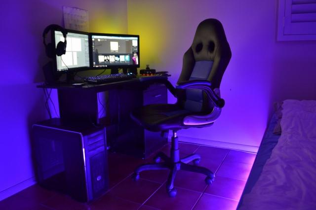 PC_Desk_MultiDisplay77_17.jpg