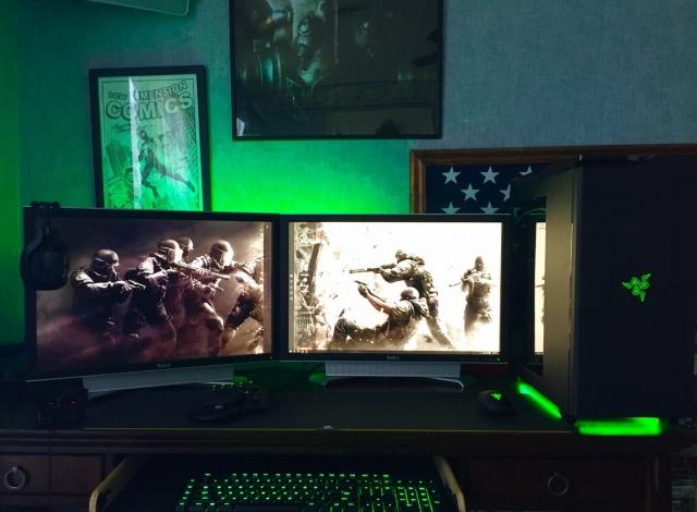 PC_Desk_MultiDisplay77_22.jpg