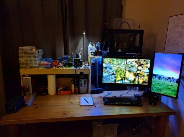 PC_Desk_MultiDisplay77_33.jpg