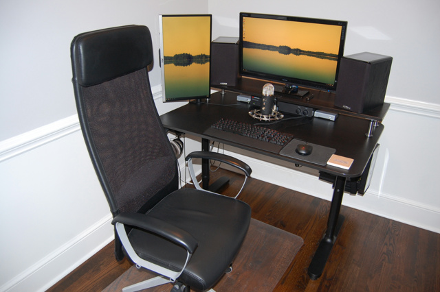 PC_Desk_MultiDisplay77_34.jpg