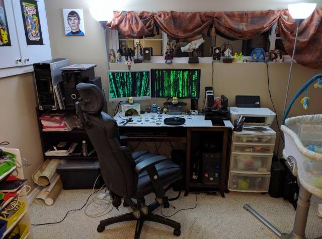 PC_Desk_MultiDisplay77_39.jpg