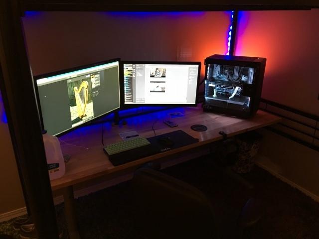 PC_Desk_MultiDisplay78_03.jpg