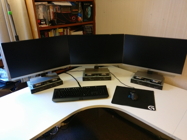 PC_Desk_MultiDisplay78_04.jpg
