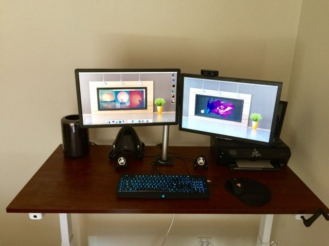 PC_Desk_MultiDisplay78_06.jpg