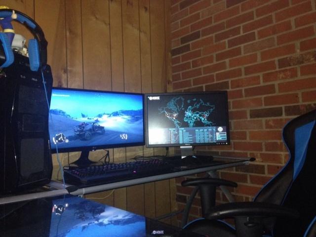 PC_Desk_MultiDisplay78_15.jpg