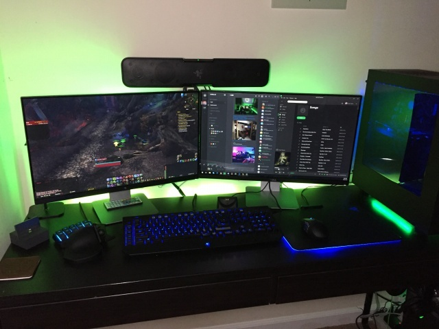 PC_Desk_MultiDisplay78_20.jpg