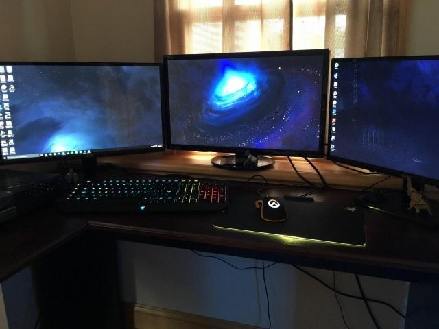 PC_Desk_MultiDisplay78_37.jpg