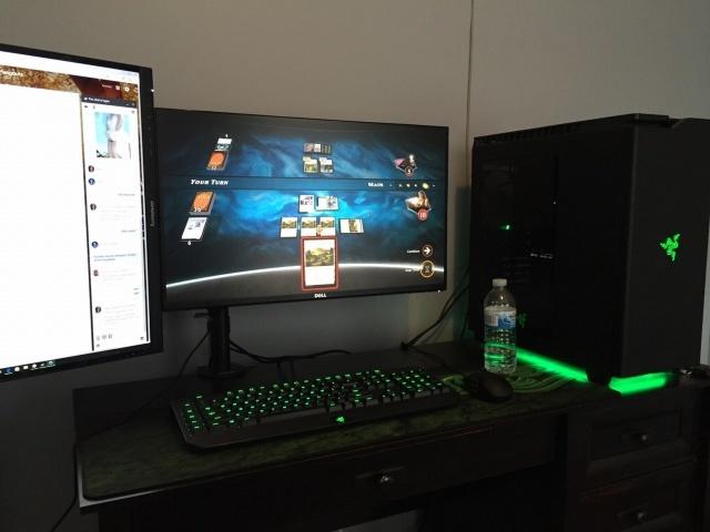 PC_Desk_MultiDisplay78_50.jpg