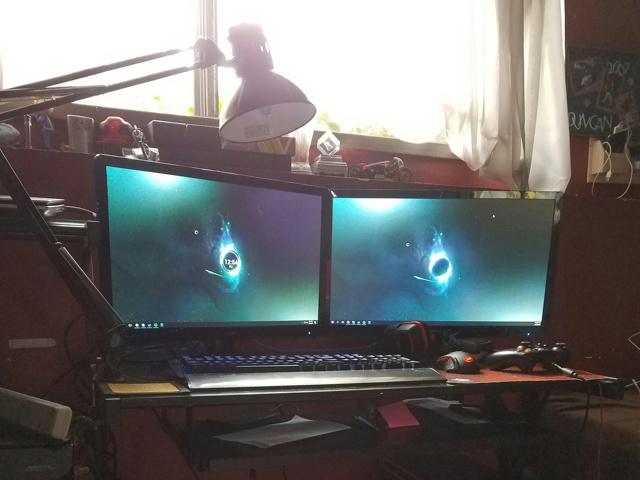 PC_Desk_MultiDisplay78_75.jpg