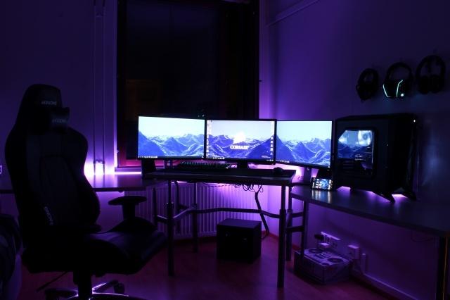 PC_Desk_MultiDisplay78_89.jpg
