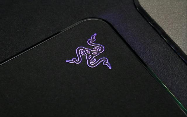 Razer_Firefly_Cloth_06.jpg