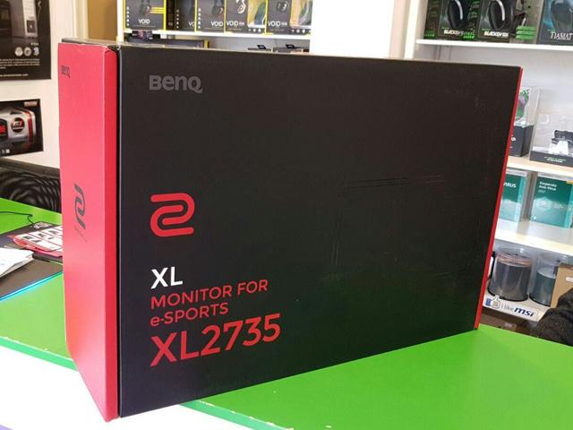XL2735_07.jpg