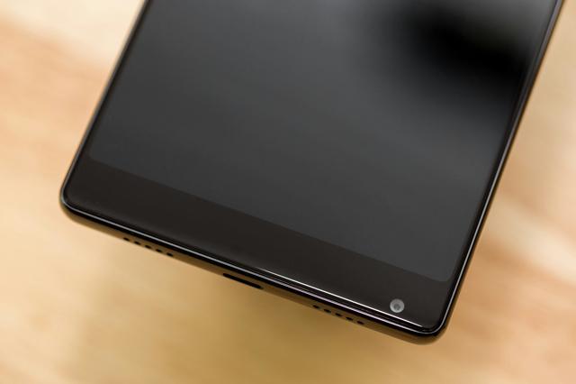 Xiaomi_Mi_MIX_05.jpg