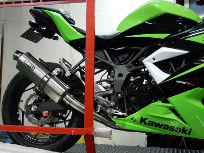 Ninja250SL レース用マフラー (5)