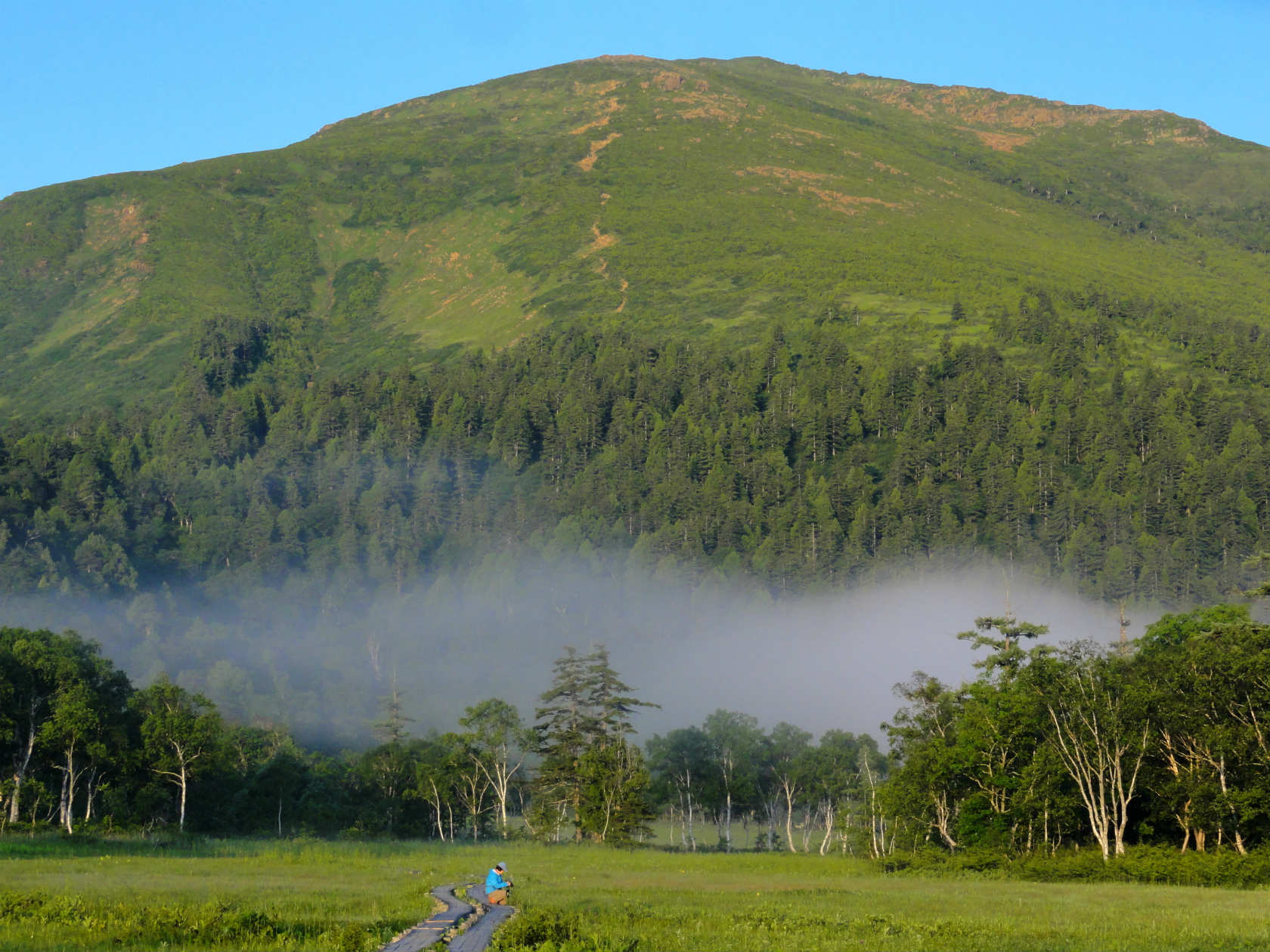 山ノ鼻からの至仏山