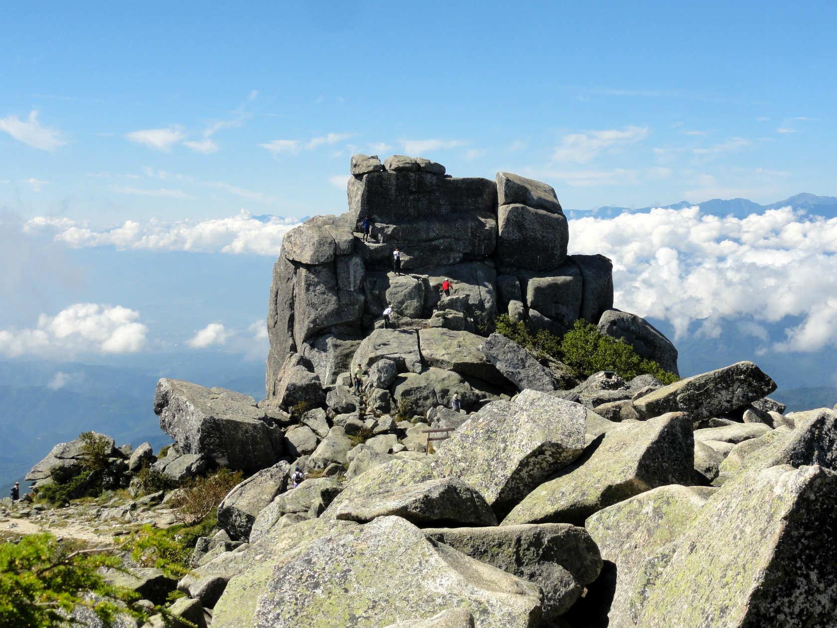 金峰山山頂からの五丈岩