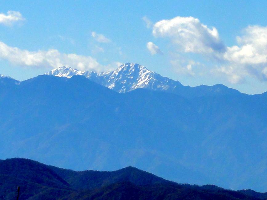 天狗山山頂から北岳