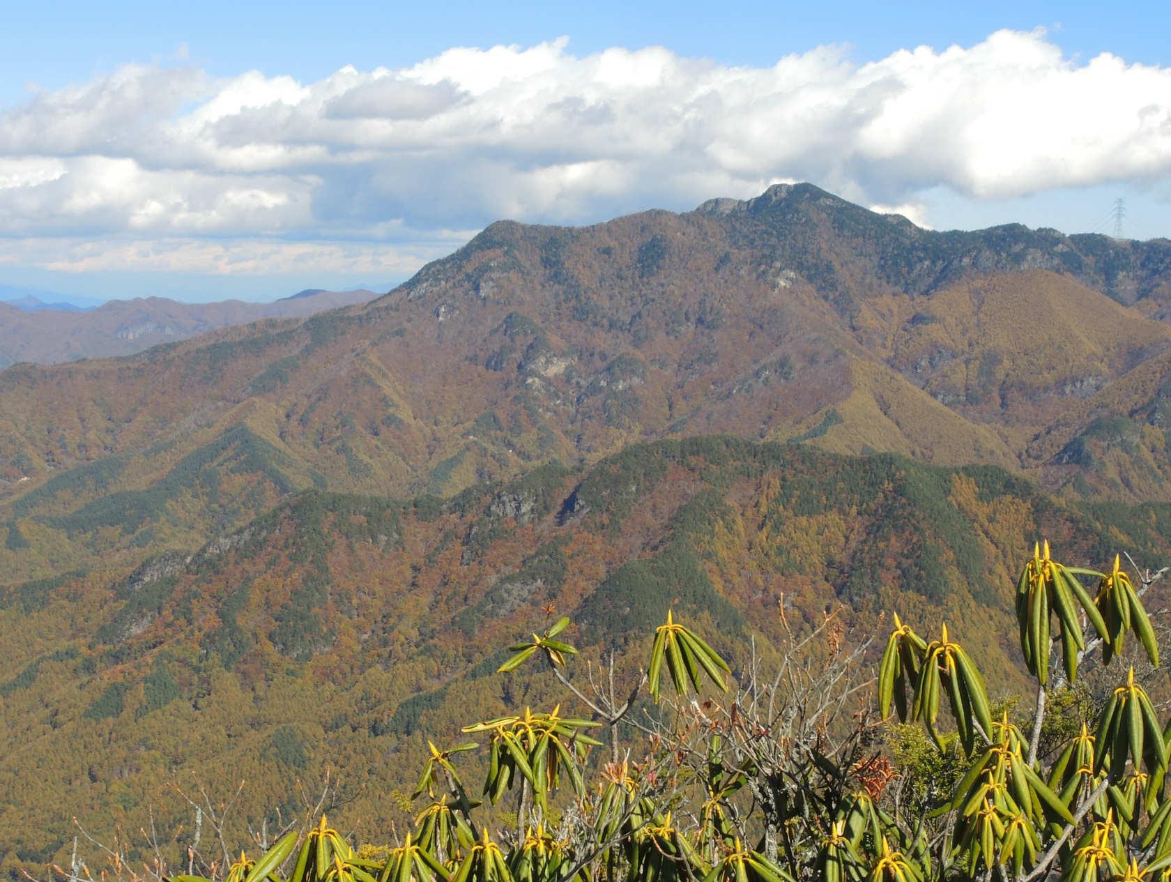 天狗山山頂からの御座山