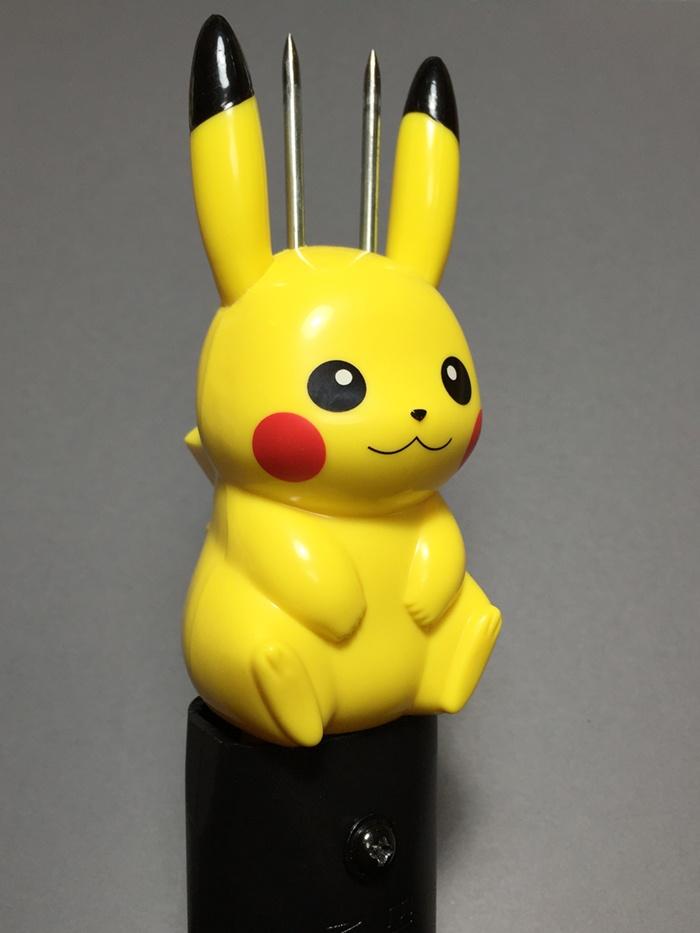 pikachu_stun_gun_02.jpg