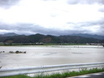 台風16号 (5)