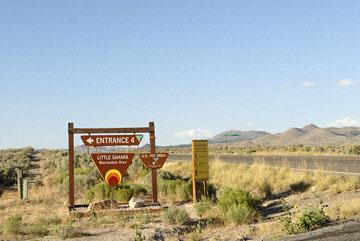 blog TAKE 100 Delta, 93N, Little Sahara, Road Sign 27707-8.10.07.jpg