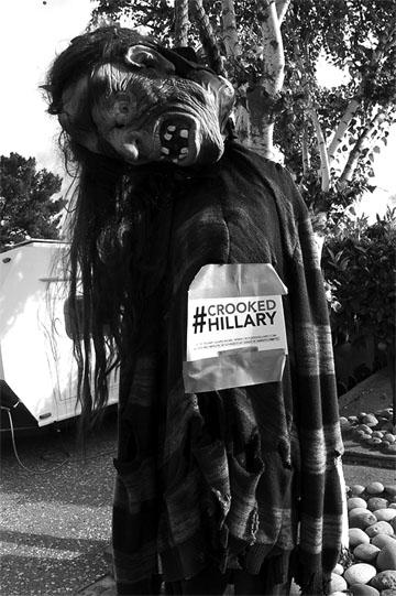 blog Halloween Image by Richard-10.16.blog