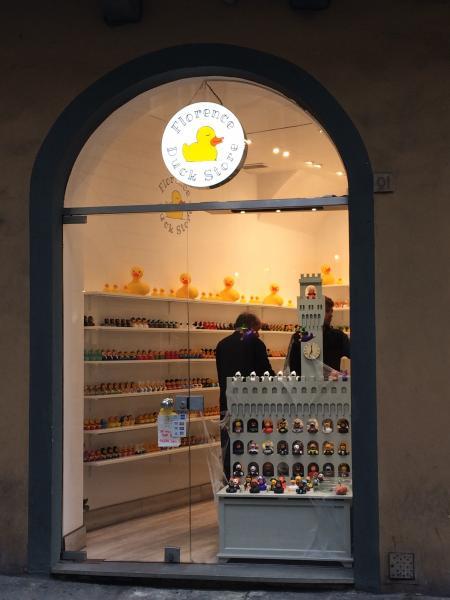 duck store1