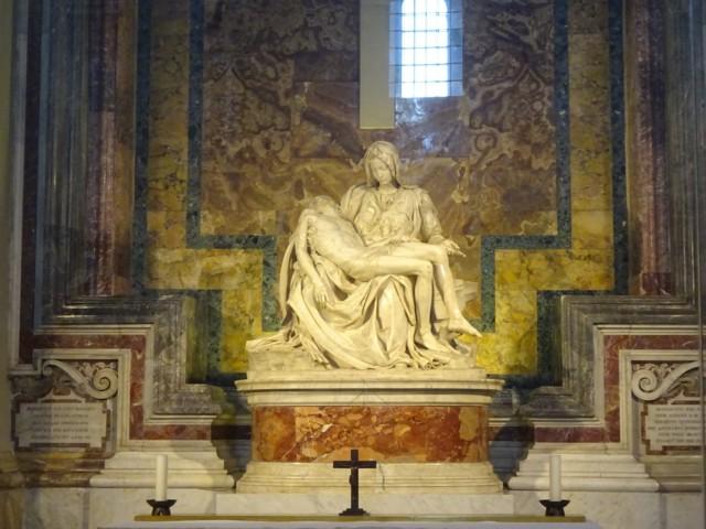 4月28日 ミケランジェロのピエタ像