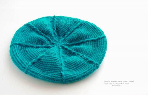 s-エメラルドブルー 帽子(ブローチ付き)