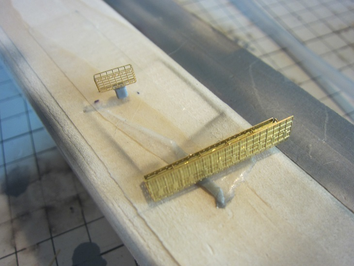 飛鷹21号電探と防風柵
