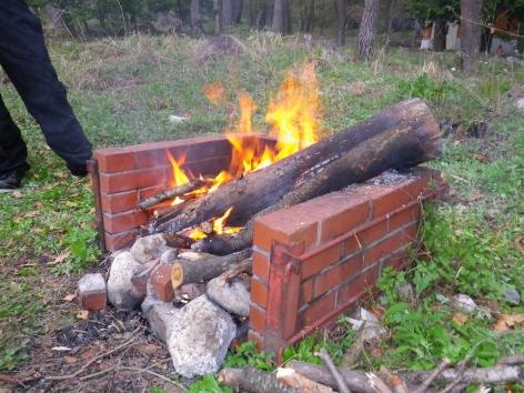御座松キャンプ場 2016 焚火開始