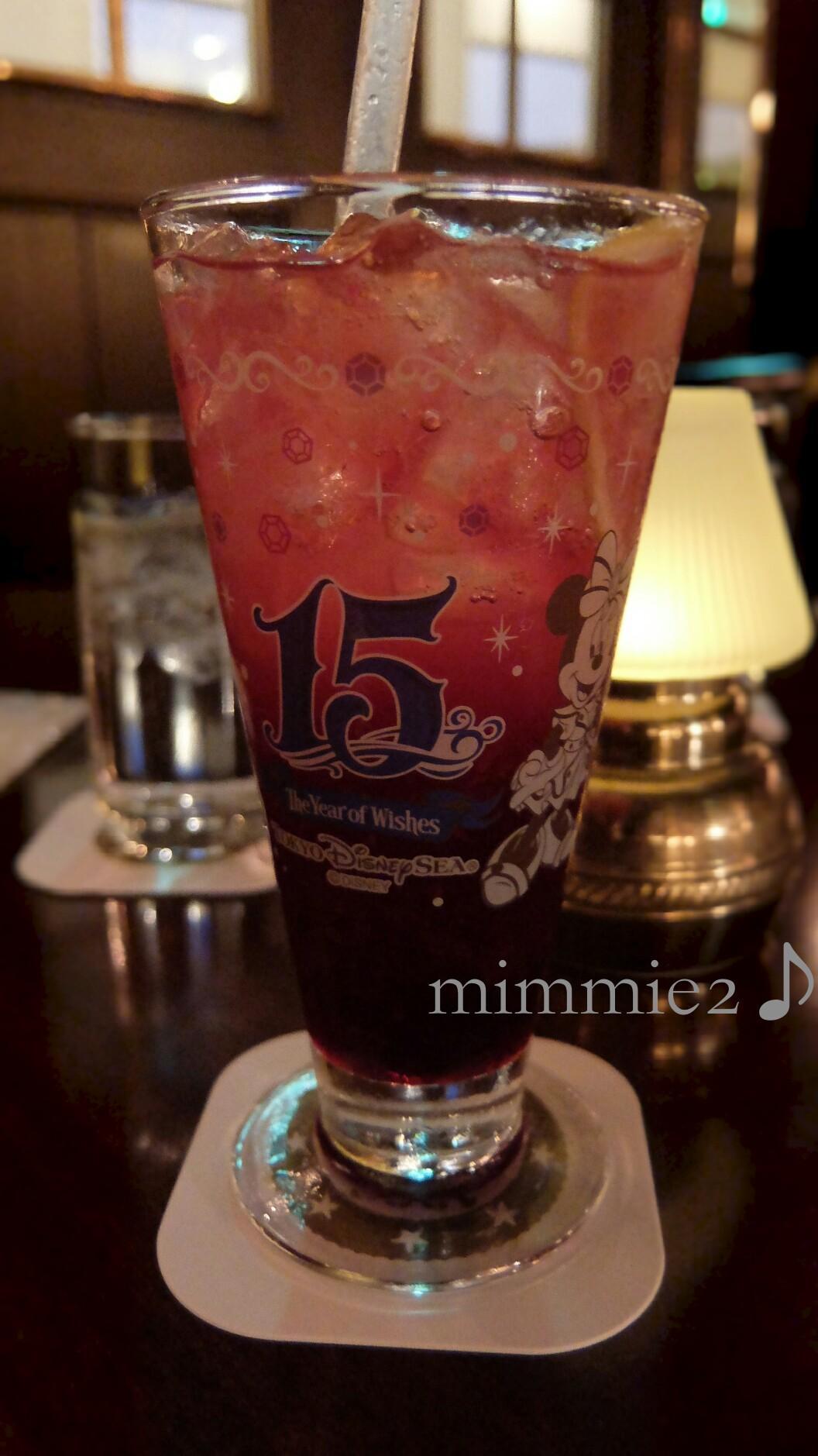 スペシャルソフトドリンク(ミニー)&東京ディズニーシー15周年記念ラベルワイン
