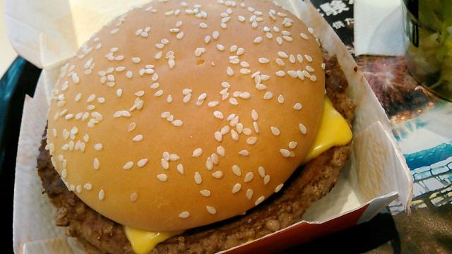マクドナルド ダブルクォーターパウンダー・チーズ (5)