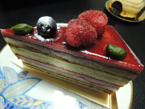 シェ・アオタニ カットケーキ (7)