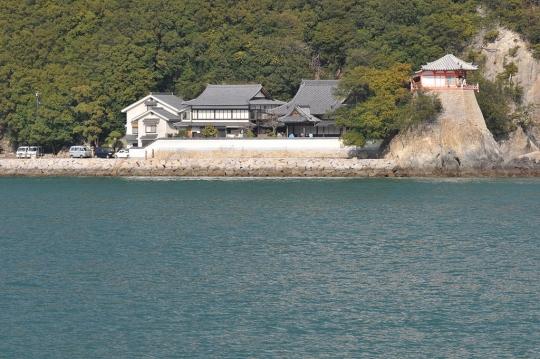1024px-Abuto_Kannon_01.jpg