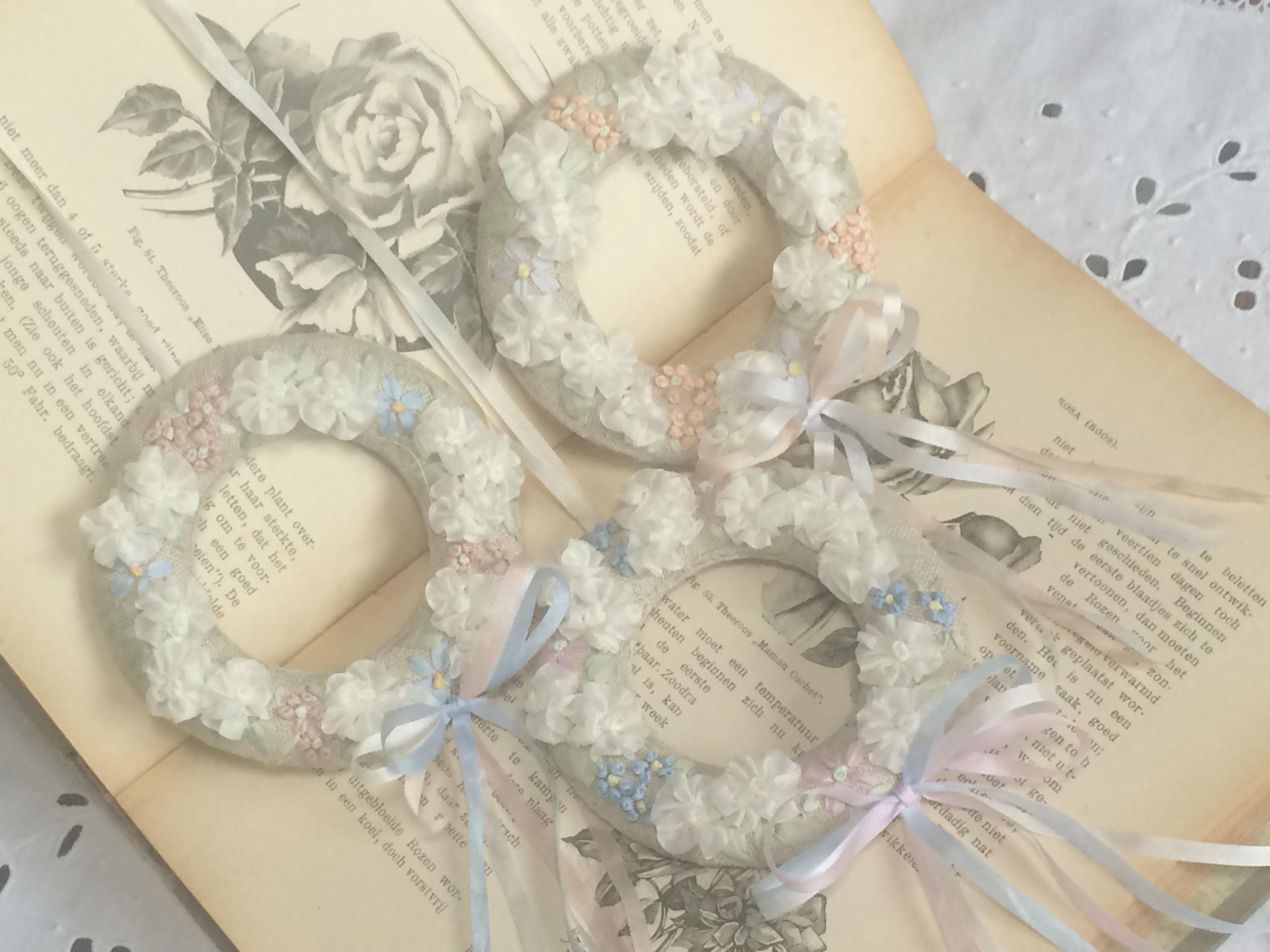 リボン刺繍と白糸刺繍の作品達