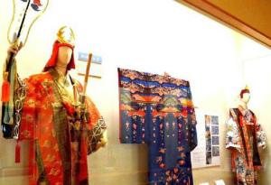 Cv0qzxUVMAAvKai沖縄のオペラ、実は「組踊」