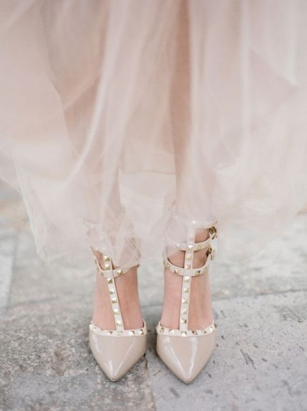 04-nude-spiked-wedding-shoes.jpg