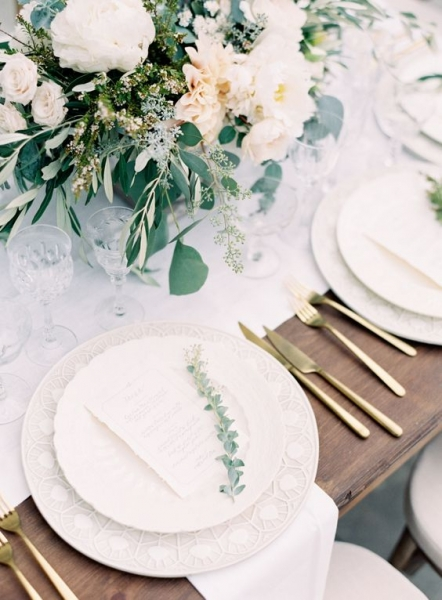 29-white-table-runners-dishes-blush-florals-and-gold-tableware.jpg