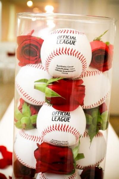 Baseballs-and-red-roses-in-glass-vase.jpg