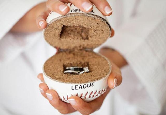 Unique-ring-holder-alternative-idea.jpg